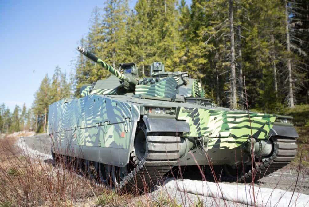 CV90. Výrobce: BAE Systems Hagglunds, Švédsko