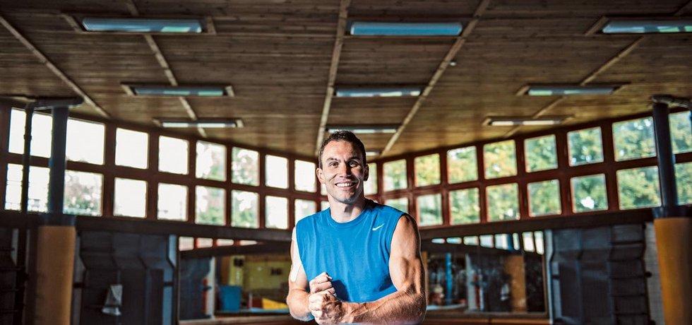 Atlet Michal Navrátil patří v disciplíně highdiving k nejlepším na světě