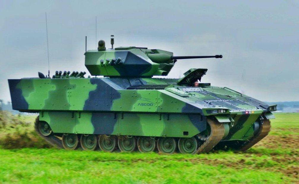 Ascod. Výrobce: General Dynamics European Land Systems, Rakousko + Španělsko