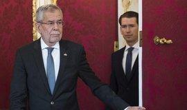 Rakousko má obměněnou vládu. Nestraničtí odborníci nahradili členy zkompromitované FPÖ