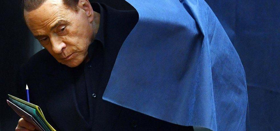 Silvio Berlusconi se ve volbách v roce 2018 vrací na výsluní
