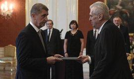 Prezident Miloš Zeman jmenoval  na Pražském hradě předsedu hnutí ANO Andreje Babiše premiérem