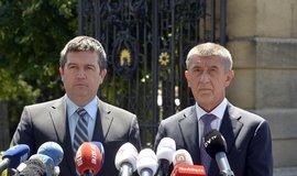 Vicepremiér Jan Hamáček a předseda vlády Andrej Babiš po jednání s prezidentem Milošem Zemanem v Lánech