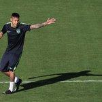 5. Neymar (fotbal) – 90 milionů dolarů. Brazilec se po přestupu do francouzského PSG stal druhým nejlépe placeným fotbalistou světa. Kromě obrovského platu mu vydělávají ještě reklamní smlouvy s Nike, Red Bullem či McDonald's.