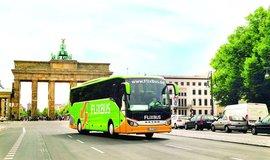 200 000 spojů nabízí dnes společnost FlixBus, své pasažéry dopraví na 1200 míst v 26 zemích