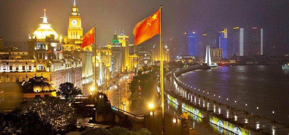 Šanghaj, s 23 miliony obyvatel nejlidnatější město Čínské republiky, je považována za nový pupek světa