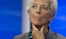 Hospodářský růst v eurozóně by se měl víc opírat o domácí poptávku, myslí si Lagardeová