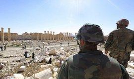 Vojáci v syrské Palmýře (Zdroj: čtk)