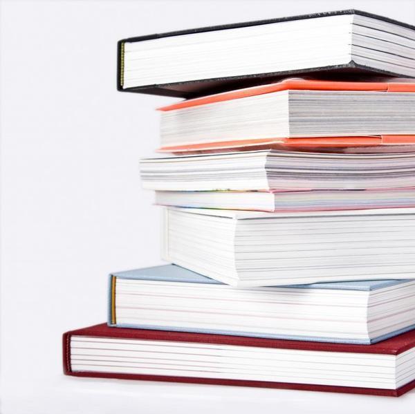 knihy, studium, dokumenty