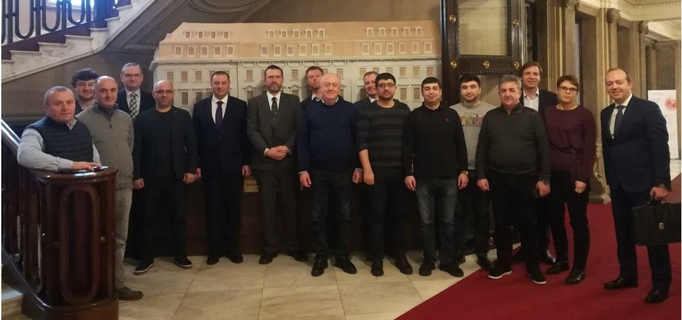 Delegace expertů z Ázerbájdžánu a Gruzie navštívila v průběhu února české firmy zabývající se inovativními technologiemi v oblasti řízení dopravy a Smart Cities