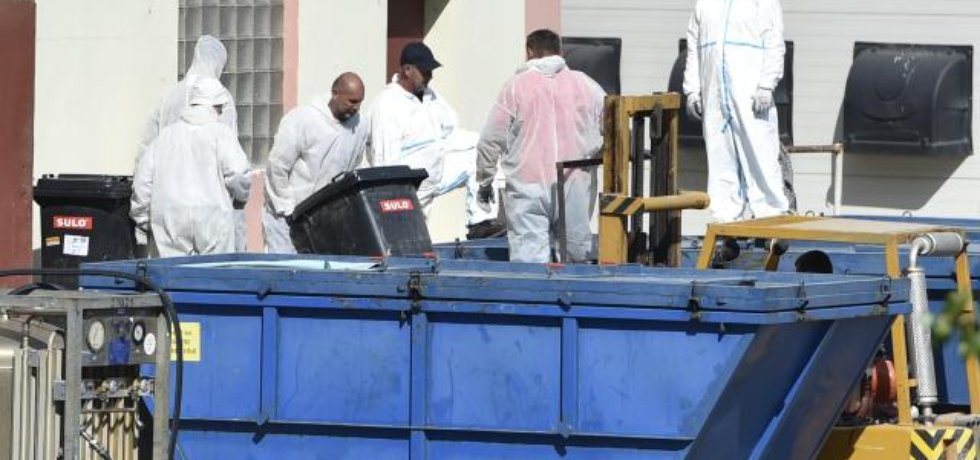 Život opeřenců v Pohořelicích vyhasíná v kontejneru