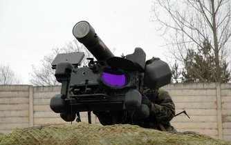 Ruční raketový protiletadlový systém RBS-70 Saab Bofors Dynamics