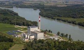 Jaderný pomník Zwentendorf. Nikdy nezprovozněná jaderná elektrárna v Rakousku poblíž města Zwentendorf an der Donau.