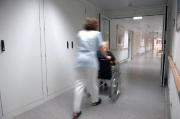 nemocnie, chodba