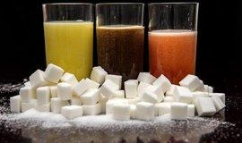 Válka s cukrovou epidemií. Singapur zakáže reklamu na slazené nápoje