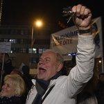 Na Václavském náměstí tisíce lidí demonstrují proti  Andreji Babišovi