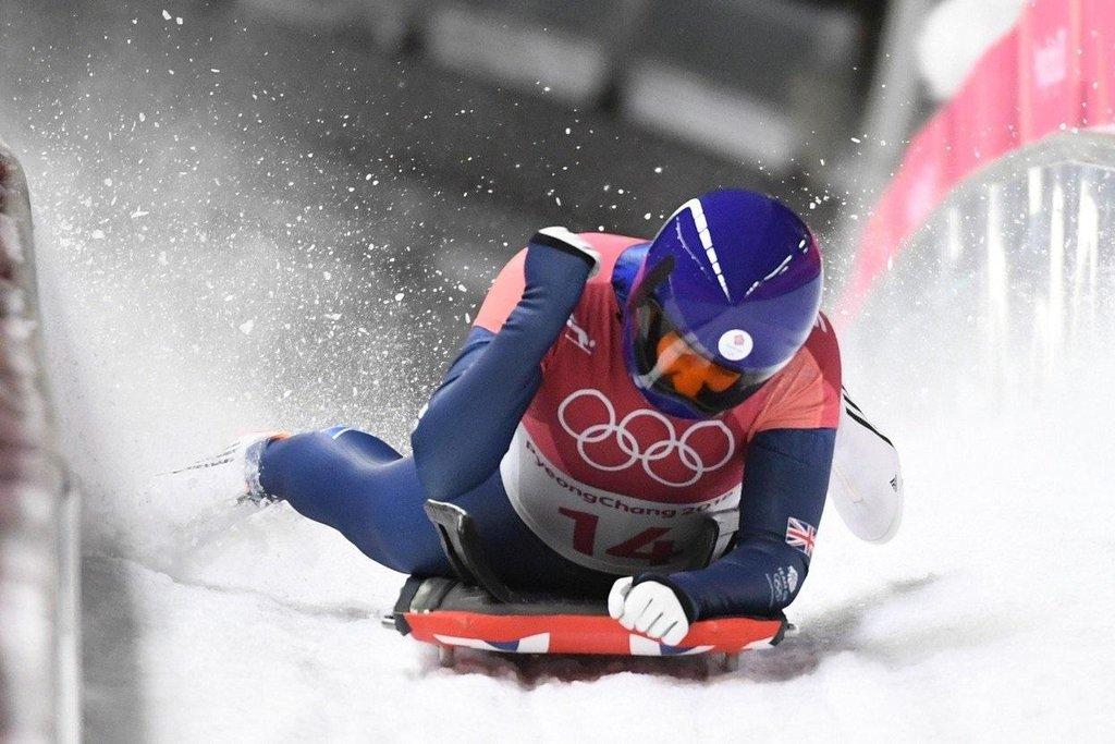 Lizzy Yarnoldová vyhrála skeleton mezi ženami na ZOH 2018 v Pchjongčchangu a obhájila zlato ze Soči.