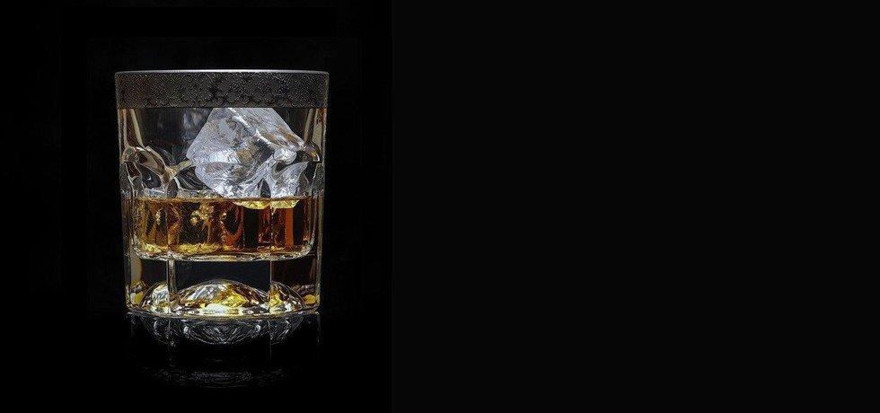 Skotská whisky - ilustrační foto