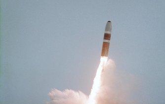 Americké rakety Trident (trojzubec) jsou odpalovány z palub ponorek a mohou nést i jaderné nálože.