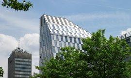 Zájem o kancelářské budovy roste, letos se na trhu protočilo už 45 miliard