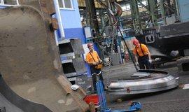 Výroba turbín, ilustrační foto