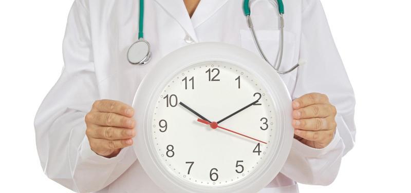 *lékař, hodiny, přesčasy