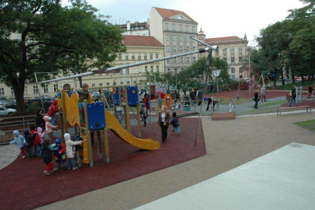 Dětské hřiště, ilustrační foto