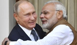 Vladimir Putin spolu s indickým premiérem Narendrem Módím