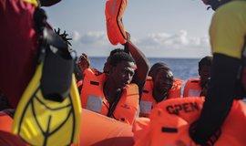 Řecko chce snížit počet migrantů v zemi, návrh zákona má urychlit azylová řízení
