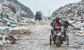 Temná strana růstu: Indie se topí v odpadu
