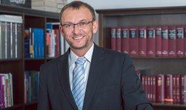 Ředitel Ústavu práva a právní vědy Luděk Lisse
