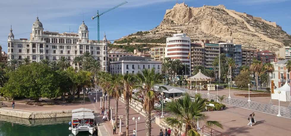 Castillo Santa Barbara, Alicante (Zdroj: Pixabay.com)