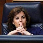 Soraya Saénzová de Santamaría – Místopředsedkyně španělské vlády je zastánkyní tvrdé linie. Katalánce po referendu pobouřila tvrzením, že policie zakročila profesionálně, pevně a přiměřeně. Katalánsku vzkázala, že pokud chce zahájit dialog s centrální vládou, musí jeho vedení opět začít jednat v mezích zákona.