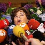 """Soraya Saénzová de Santamaría – """"Ani pan Puigdemont, ani nikdo jiný nemůže vyvozovat závěry ze zákona, který neexistuje, z referenda, které neproběhlo, ani z vůle katalánského lidu, kterou si chce přivlastnit,"""" vzkázala Saénzová katalánským lídrům v narážce na rozhodnutí ústavního soudu, podle kterého bylo referendum neústavní."""