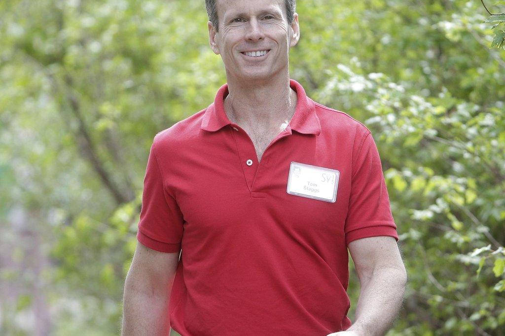 Thomas Staggs   V letech 2015 až 2016 působil jako výkonný ředitel u Disneyho; odešel, když nedostal nabídku stát se ředitelem generálním. Ještě předtím však byl ředitelem finančním (měl například na starost převzetí studia Pixar), což by se Uberu mohlo hodit při nadcházejícím -ač dosud nepotvrzeném - vstupu na burzu. A také prosazuje názor, že zaměstnanec má být pro firmu na prvním místě, což by bylo pro řidiče a další lidi ve službách Uberu příjemnou změnou.