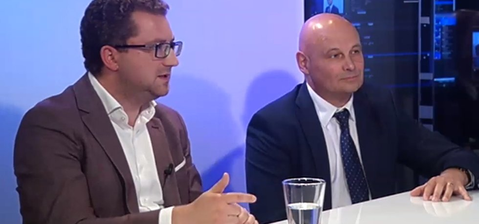 Oldřich Dědek, člen bankovní rady České národní banky, a ekonom Martin Slaný z Institutu Václava Klause.