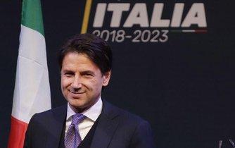 Italský premiér Giuseppe Conte z Hnutí pěti hvězd