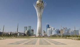 Ikonou moderního Kazachstánu je rozhledna Bajterek v supermoderním hlavním městě Astaně.