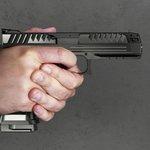 Pistole Alien od Laugo Arms Czechoslovakia. Osa hlavně je 1,7 mm pod úrovní osy úchopu.