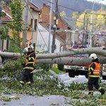 Pojišťovny mají po vichřici hlášeny škody za desítky milionů