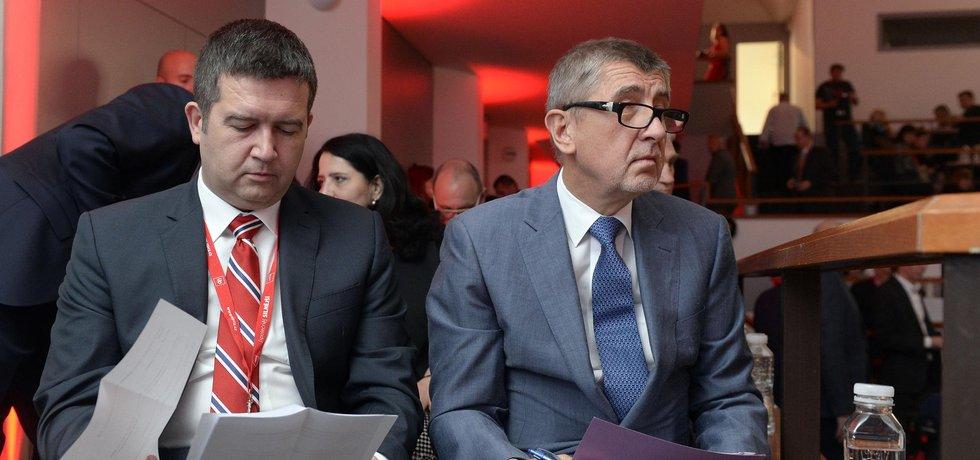 Předseda ČSSD Jan Hamáček a předseda hnutí ANO Andrej Babiš, ilustrační foto