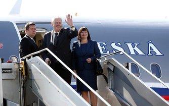 Zeman ve funkci navštívil 33 zemí a vykonal 19 oficiálních či státních návštěv
