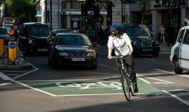 Znečištění ovzduší netrápí jen Londýn.