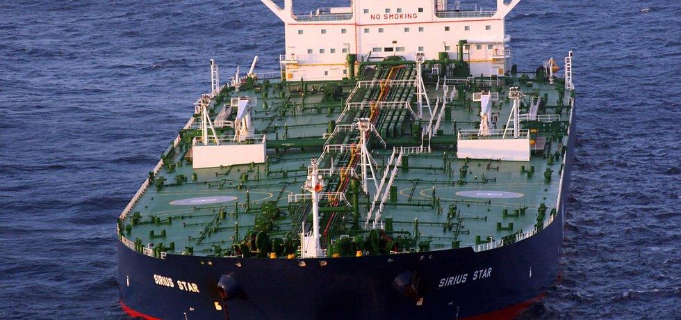 I ty největší tankery v plném naložení pojmou nové terminály ve Fudžajra (na obrázku MV Sirius Star)