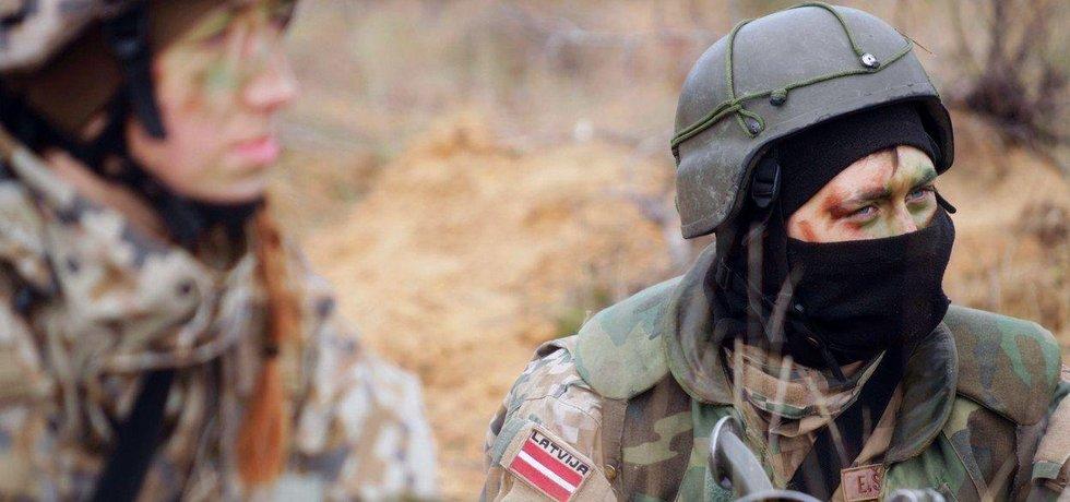 Lotyšská armáda během mezinárodního cvičení Silver Arrow