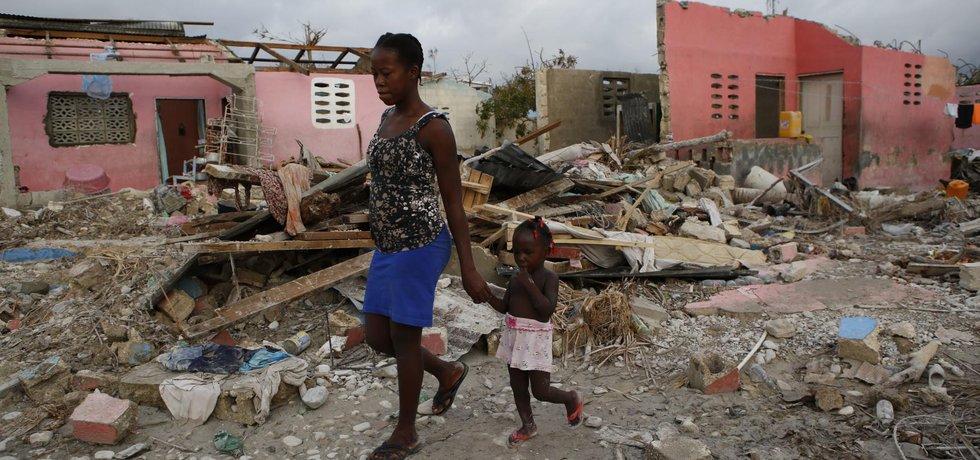 Na Haiti si hurikán Matthew vyžádal již tisíc obětí.