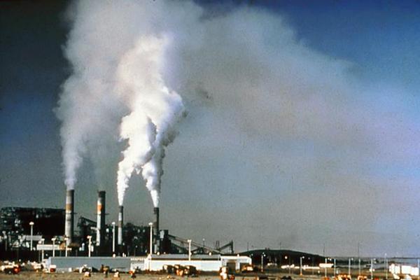 exhalace, emise, znečištění