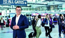 Víc než cigarety a voňavky. Pražské letiště investuje miliardy do zlepšení služeb pro cestující
