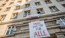 Boj proti nedostupnému bydlení: Berlín odkoupil 670 soukromých bytů