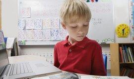 Kritické myšlení, zvídavost, přizpůsobivost, iniciativa, komunikace. Takové dovednosti školy u dětí většinou nerozvíjí.